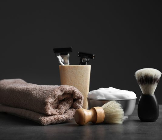 men hygiene products for shaving