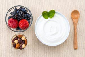 nuts berries yogurt
