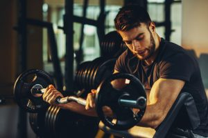 bicep curls in gym